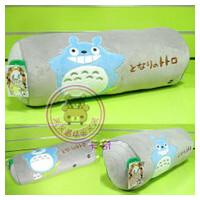 正版TOTORO圆柱型龙猫抱枕 靠垫 枕头 毛绒午休枕 灰色