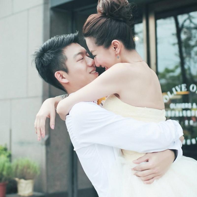 手绘男女婚纱高清图片