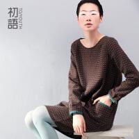 冬装新款   初语 简约复古立体正方形刺绣波点H型针织连衣裙333301122