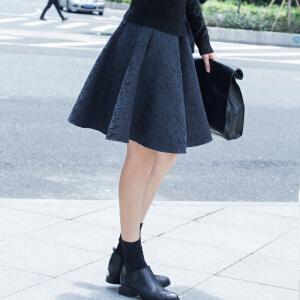 【AMII超级大牌日】[极简主义]2017年春新品优雅A型蕾丝提花中高腰大码半身裙女11531102