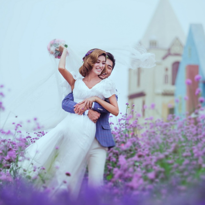 [青岛]rgb摄影4888元婚纱照精心拍摄230张 精修65张 底片全送 内景