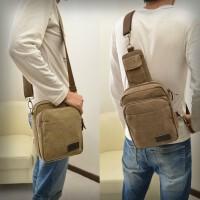 男包胸包单肩包斜跨包帆布包手机包运动潮包休闲包